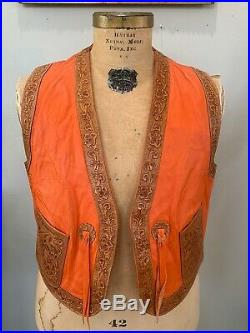 70s NUDIE'S RODEO TAILORS Tooled LEATHER VEST Paisley Lining Floral Western VTG